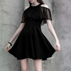 Great Photo Business Outfit 2018 Tips, Gothic Outfits, Edgy Outfits, Dress Outfits, Casual Dresses, Cool Outfits, Short Dresses, Fashion Dresses, Ruffle Dress, Dress Up