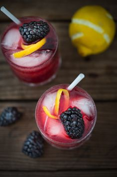 A refreshing summer drink, The Blackberry Bramble, featuring fresh muddled blackberries, gin, lemon juice and soda or ginger beer | www.feastingathome.com