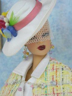 Spring fashion for Fashion Royalty/Silkstone Barbie on eBay...38...24..25 qw