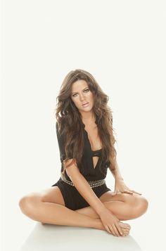Khole Kardashian hair and outfit amazing