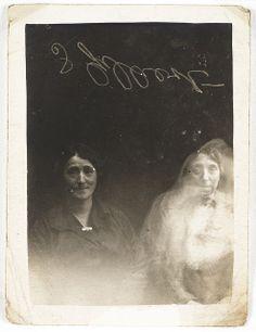 the spirit photographs of William Hope