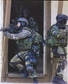 Delta Force in a CQB exercise, circa 2001