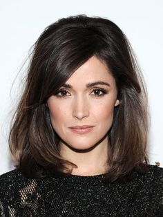 Take inspiration from Rose Byrne and team subtle smokey eyes with nude lips for understated wedding glamour