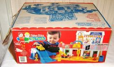 Vintage Fisher Price Main Street - box top Jouets Fisher Price, Box Tops, Vintage Fisher Price, Main Street, Toy Chest, Maine, Toys, Activity Toys, Games