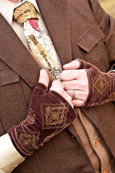 velvet fingerless gloves