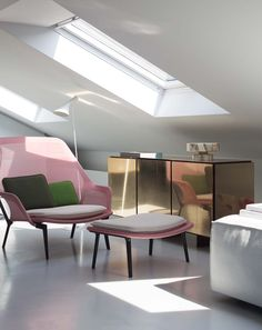 Good design is obvious. Great design is transparent. Pastel Interior, Interior Styling, Interior Decorating, Interior Design, Modern Interior, Interior Exterior, Interior Architecture, Home Office, Mirrored Sideboard