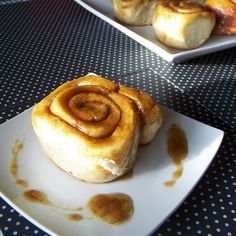 Sticky Cinnamon Buns - easy, fluffy, brown-sugar-and-buttery goodness.