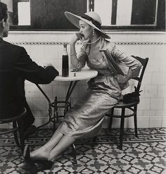 One of my all-time favorite fashion photos: Café in Lima, Peru (Jean Patchett), by Irving Penn