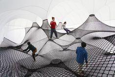 Interactive-Art-Installation-People-Play-Art-Suspended-4B.jpg