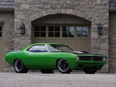 LMC Super Cuda (twin turbo Viper-V10-powered, 1000+ HP, 200+ MPH)