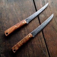 We have a range of wood types available to choose for the handle of your knife. All of the woods are carefully selected hardwoods, sourced locally...