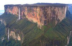 Gunung Gunung Dengan Puncak Datar Di Bumi