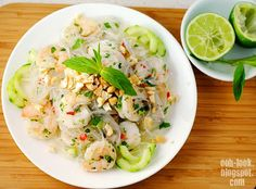 Ooh, Look...: Seafood, Bubbles and Thai Prawn Salad