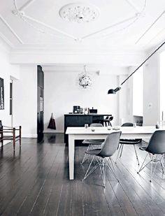 Danish interior perfection i black and white (via Bloglovin.com )