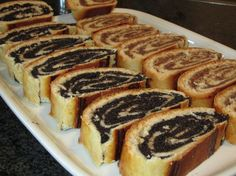 schneller Mohn - Nuss - Strudel - My list of simple and healthy recipes Albanian Recipes, Hungarian Recipes, Russian Recipes, Albanian Food, Hot Dog Recipes, Sweet Recipes, Russian Dishes, Dog Cakes, Easy Baking Recipes