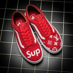 Trendsetter Vans x Supreme x LV Old Skool Flats Sneakers Sport Shoes Best Sneakers, Custom Sneakers, Custom Shoes, Supreme Shoes, Cute Vans, Shoe Wardrobe, Fresh Shoes, Rest, Vans Shoes