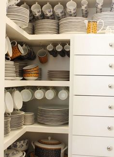 easy kitchen organization ideas for small spaces 00034 Decor, Kitchen Organisation, Kitchen Organization, Kitchen Decor, Home, Pantry Design, Home Kitchens, Home Organization, Kitchen Design Decor