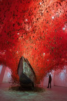 Chiharu Shiota, The Key in the Hand, [The 56th International Art Exhibition - la Biennale di Venezia, Venice / Italy]