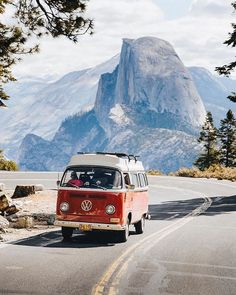 How dreamy is this? 😍 Have you been to Yosemite National Park? Photo by Share your adventure dreamy is this? 😍 Have you been to Yosemite National Park? Photo by Share your adventure ============ Describe with one word 💚 ============ Repost: Wolkswagen Van, Tenda Camping, Combi Ww, Volkswagen Tiguan, Vw Camping, Minivan Camping, Bus Travel, Travel Goals, Overseas Travel