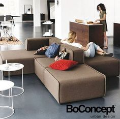 Great Modular And Convertible Sofa For Small Living Room Decor Ideas - Page 51 of 76 Modular Living Room Furniture, Sofa Furniture, Cheap Furniture, Living Room Chairs, Furniture Plans, Living Room Decor, Furniture Design, Pink Furniture, Furniture Dolly