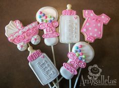 cookie onesie and rattle baby | Baby Shower Cookies by Amigalletas on Etsy
