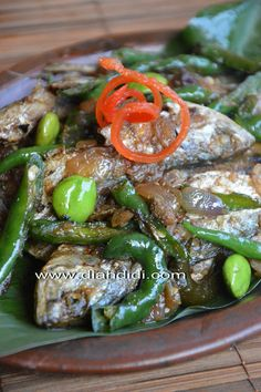 Diah Didi's Kitchen: Ikan Pindang Cabai Hijau