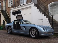 Looking for the Bristol of your dreams? There are currently 8 Bristol cars as well as thousands of other iconic classic and collectors cars for sale on Classic Driver. Bristol Cars, British Sports Cars, Collector Cars For Sale, Aston Martin, Old And New, Vintage Cars, Race Cars, Classic Cars, English