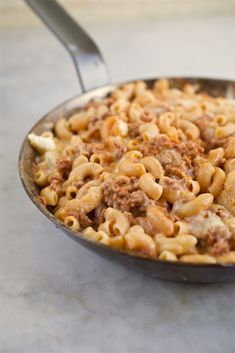 Learn how to make delicious Gluten Free Homemade Hamburger Helper straight from the experts at Jovial Foods. Healthy Hamburger, Homemade Hamburger Helper, Hamburger Recipes, Healthy Diet Recipes, Real Food Recipes, Cooking Recipes, Homemade Hamburgers, Easy Family Meals, Easy Meals