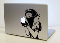 You can always find very original stuff at Etsy, a online community store. These are cool, if you have a macbook these vinyl stikers will make it stand out. Check out all the stikers available at the Etsy Online Store. Calcomanía Macbook, Macbook Pro Skin, Macbook Stickers, Laptop Skin, Gadgets, Twitter Image, Computer Art, Ideas Geniales, Laptop Decal
