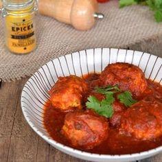 Boulettes de poulet à la sauce tomate curry
