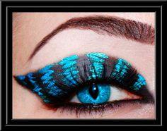 Newer version (Tim burton movie) Cheshire Cat eye makeup Cheshire Cat Makeup, Cheshire Cat Costume, Chesire Cat, Cat Eye Makeup, Makeup Geek, Makeup Art, Punk Makeup, Rave Makeup, Tim Burton