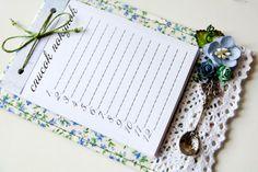 Новое творение для моих неугомонных рук - магнит-список на холодильник! Paper Scraps, Note Holders, Magnets, Notebook, Notes, Decorating, Projects, Cards, Diy