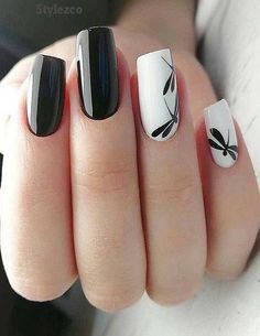 Semi-permanent varnish, false nails, patches: which manicure to choose? - My Nails White Nail Designs, Best Nail Art Designs, Rose Gold Nails, White Nails, Black Nail, Cool Nail Art, Easy Nail Art, Ongles Or Rose, Nail Art Halloween
