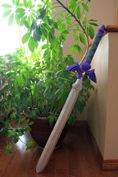 Link's Master Sword from The Legend of Zelda: Hyrule Warriors by Namisuke ||  http://www.instructables.com/id/Links-Master-Sword-from-The-Legend-of-Zelda-Hyrule/