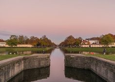 Albe come tramonti nel nostro mondo a parte.   Nymphenburger Schloss Park München.