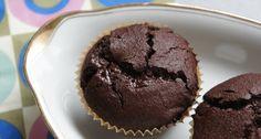 Voedzo – Kleine mokka chocolate chip cakejes van kokosmeel (suikervrij, zuivelvrij, glutenvrij)