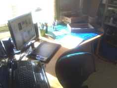 My new workplace at home ^_^ too shiny right now for work. I'm going to water the plants :-D