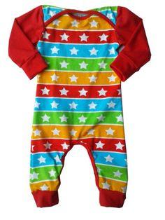 jumpsuit van JNY sterren en strepen met boorden en mouwen van effen rode tricot.