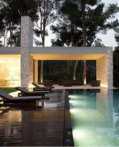 [New] The 10 Best Home Decor Ideas Today (with Pictures) - Minimal Architecture, Residential Architecture, Architecture Design, Modern Pool House, Modern Pools, Modern Outdoor Living, Swimming Pool House, Concept Home, Luxury Homes Dream Houses