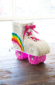 Roller Skate Party de Pau!!! Con toda la actitud roller :) #Tertulia #PiñatasConTino #RollerSkateParty