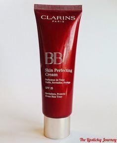 ⭐️ NEW POST ONLINE ⭐️ Alla scoperta della BB cream perfetta che ti fa dimenticare il fondotinta d'estate, regalandoti una pelle luminosa e zero difetti: Clarins BB Skin Perfecting Cream! #clarins #bbcream #perfectskin #beautyblog #thelipstickyjourney #review #beautytips #makeup #skincare