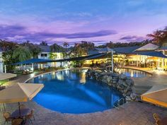 Cairns Hotel Grand Chancellor Palm Cove Australia, Pacific Ocean and Australia Hotel Grand Chancellor Palm Cove is perfectly located for both business and leisure guests in Cairns. The hotel offers a wide range of amenities and perks to ensure you have a great time. Take advantage of the hotel's 24-hour room service, facilities for disabled guests, Wi-Fi in public areas, car park, room service. Designed for comfort, selected guestrooms offer television LCD/plasma screen, non s...