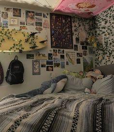Dream Rooms, Dream Bedroom, Room Ideas Bedroom, Bedroom Decor, Bedroom Inspo, Bedroom Stuff, Chambre Indie, Indie Room, Pretty Room