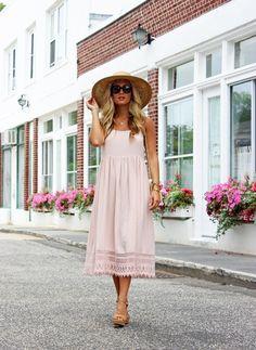 Travel // Blush Dress in Southampton, Marissa Meade. ♡ SL