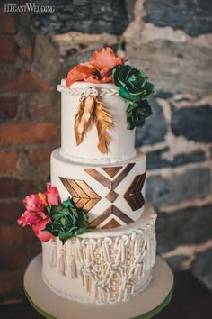Desert Boho Wedding Theme Desert Boho Wedding Theme Boho Wedding Cake, Dream Catcher Wedding Cake, C Copper Wedding Cake, Naked Wedding Cake, Metallic Wedding Cakes, Heart Wedding Cakes, Vegan Wedding Cake, Big Wedding Cakes, Wedding Cake Roses, Naked Cake, Floral Wedding Cakes