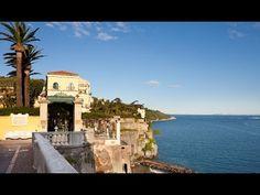 Bellevue Syrene, Italy  Direkt am Golf von Sorrent liegt das Bellevue Syrene, welches seine Gäste in einem Ambiente voll von authentischem, süditalienischem Flair willkommen heißt. Die erhabene Lage und die authentischen Steinterrassen auf denen Gäste relaxen...  mehr dazu finden Sie unter: www.gf-luxury.com/platz-10-bellevue-syrene-italy.html