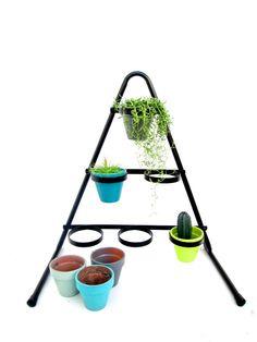 https://www.etsy.com/listing/222520542/vtg-freestanding-triangular-6-pot-metal