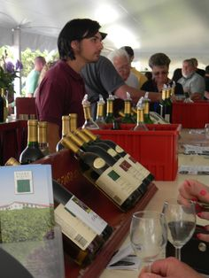 Fiore Wine - Chesapeake Bay Wine Festival Wine Festival, Chesapeake Bay, Event Planning, Festivals, Beer, Events, How To Plan, Inspired, Root Beer