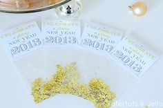 glittery new years free printables