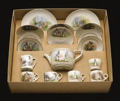 peter rabbit's tea set. <em>[c.1930s]<   other   sotheby's l12404lot6cyn3en